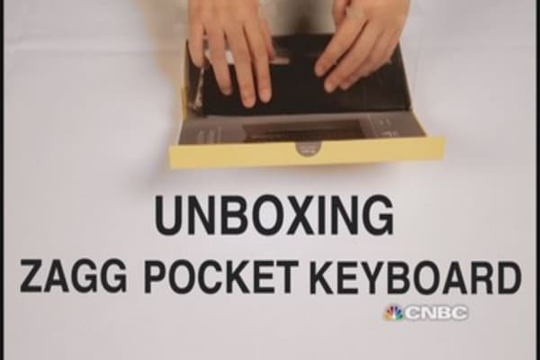 Unboxing the ZAGG pocket