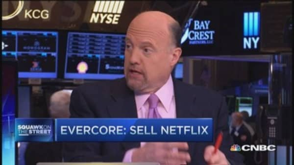 Cramer: Don't be bearish on Netflix