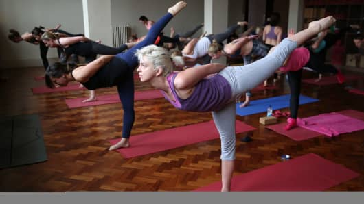 Lululemon athletica host complimentary yoga classes.