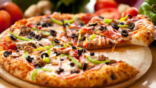 Brokers Issue New Targets On Papa John's International Inc. (NASDAQ:PZZA)