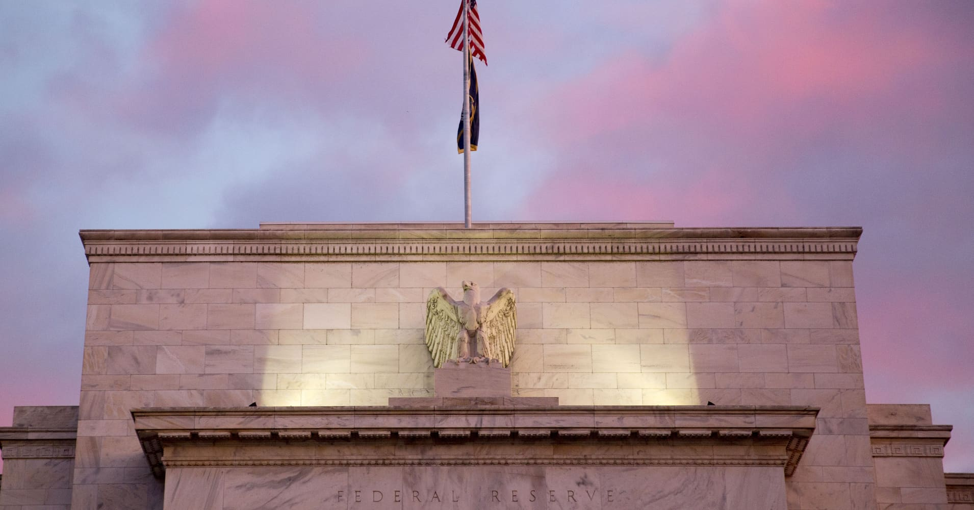 Fed's Beige Book: US economy, inflation growing at modest-to-moderate pace
