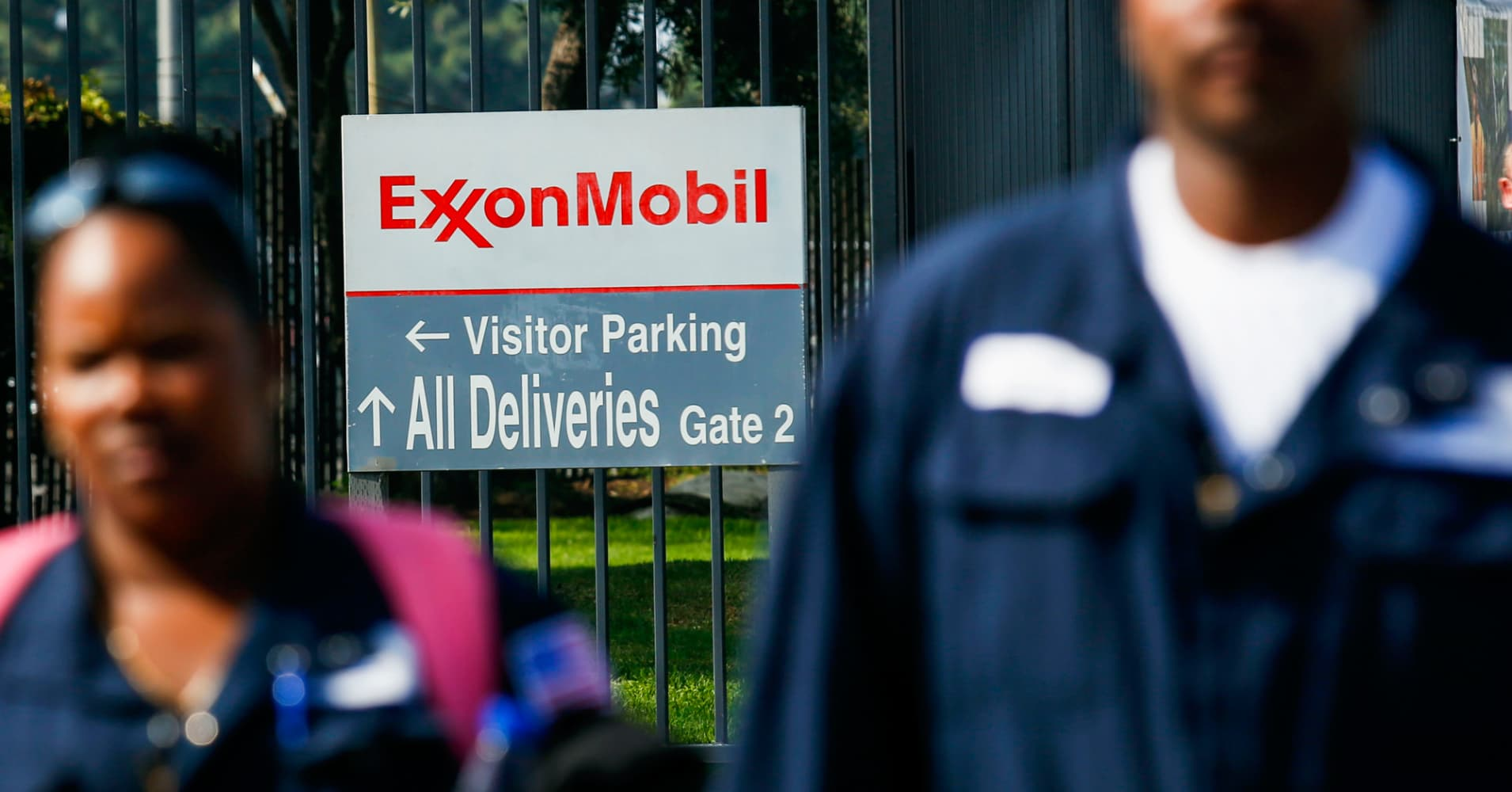 Exxon mobil shares fall as profits double but fall short expectations buycottarizona