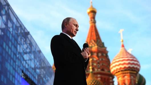 Putin Kremlin ile ilgili görsel sonucu