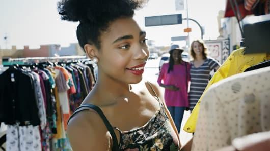 Afro-American shopper