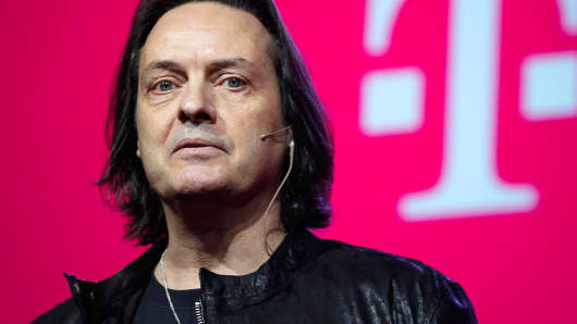 T-Mobile CEO John Legere speaks to guests during their company's Un-carrier 9.0 event in New York, March 18, 2015.