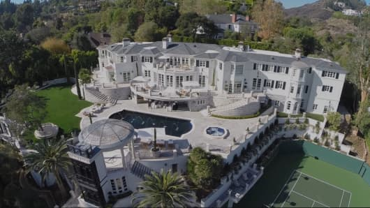 Inside The 46 Million Los Angeles Mansion That Just Sold