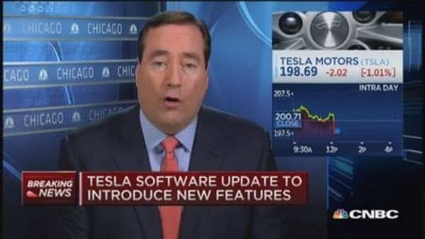 Tesla: Auto steering feature should be ready 3 months