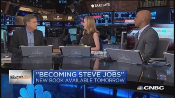 'Becoming Steve Jobs' co-author says more books to come