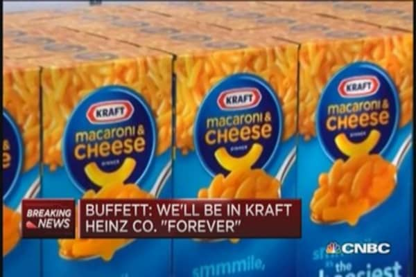 Buffett in Kraft Heinz stock 'forever'