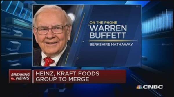 Warren Buffett: Euro may need tweaking