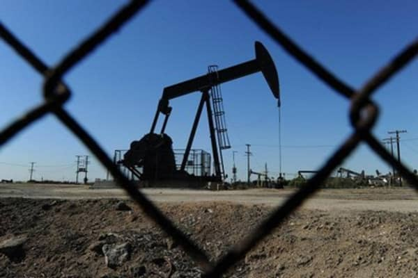 Oil surges after Saudi airstrikes in Yemen