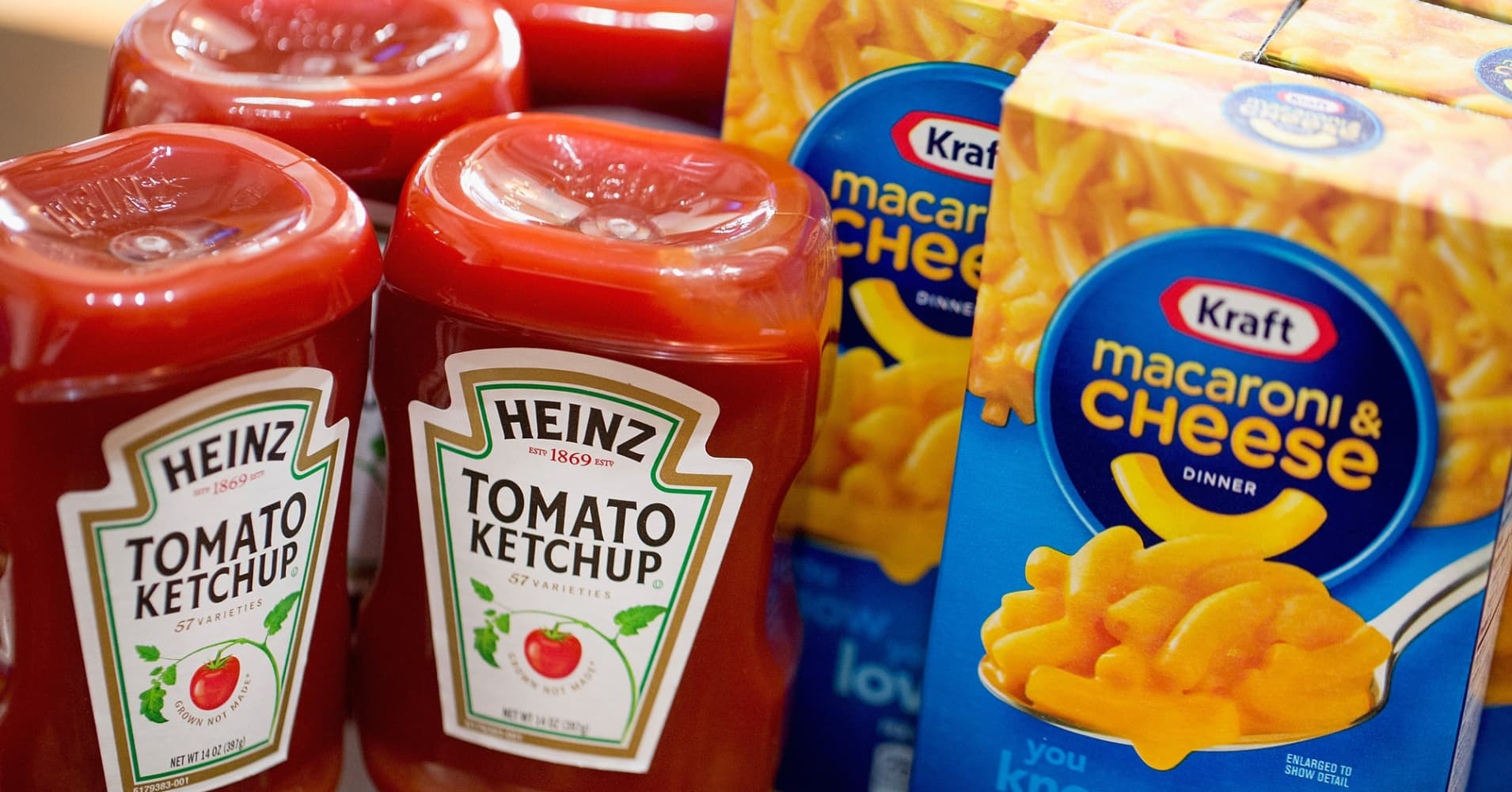 heinz ketchup and kraft mac and cheese together at last. Black Bedroom Furniture Sets. Home Design Ideas