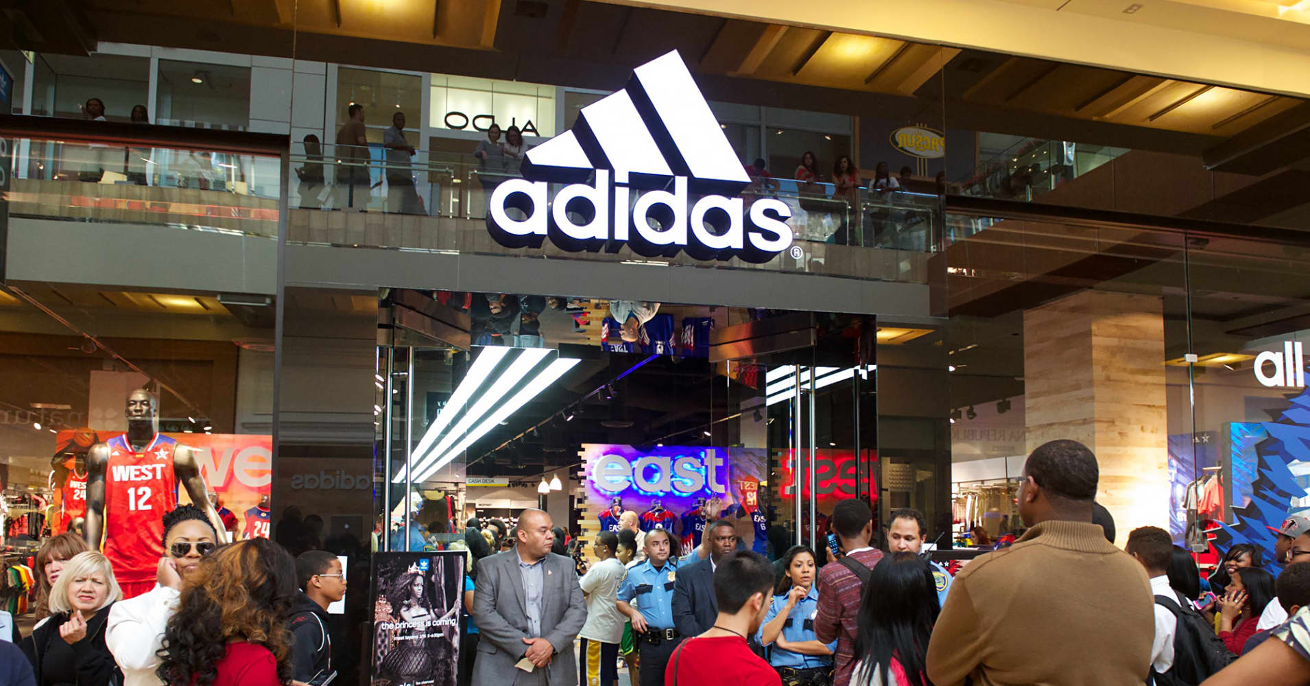 adidas outlet store near me can adidas uk ship to us
