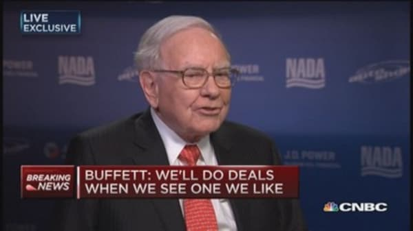 Buffett: We do deals when we see one we like