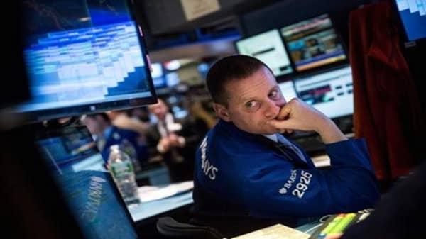Stocks seek fresh start after mixed quarter