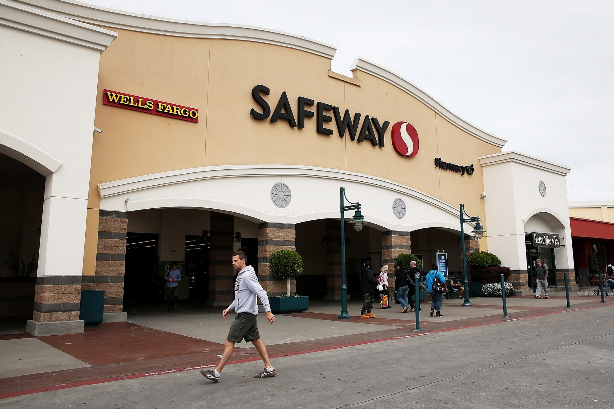 Safeway set to go public once again sources buycottarizona