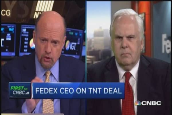 FedEx CEO: Planets aligned perfectly on TNT deal