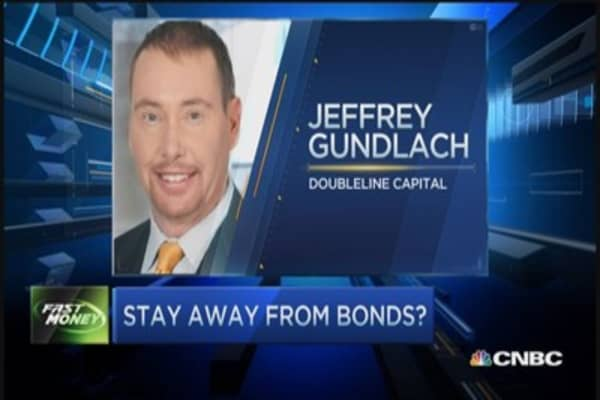Pro: Equities over bonds