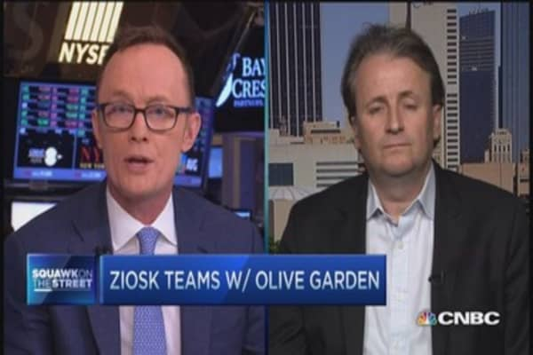 Tablets at your restaurant table: Ziosk CEO