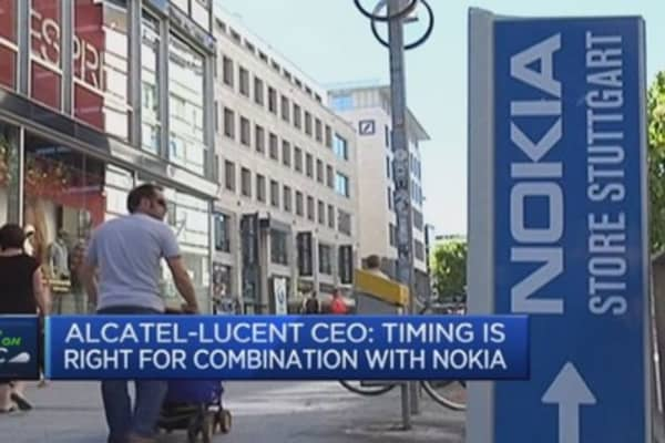 I'll step down as part of merger: Alcatel-Lucent CEO