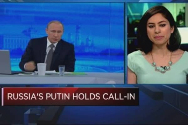 Russian PM holds annual call-in