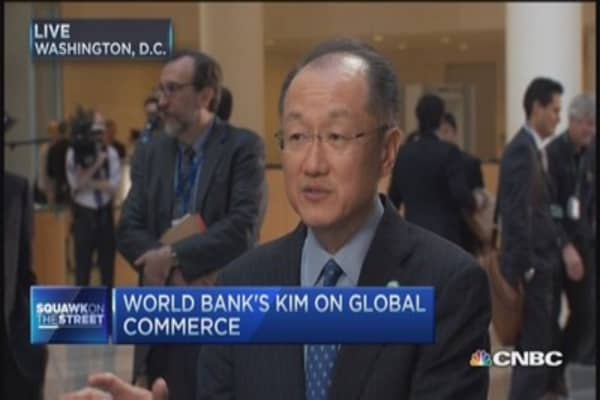 World Bank: Low oil hits commodity prices