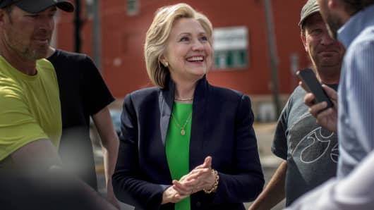 Hillary Clinton stopped at a coffee house in Mount Vernon, Iowa, April 14, 2015.