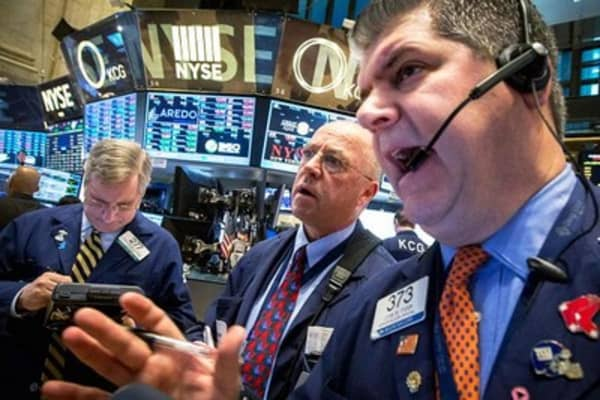 Stocks seek rebound as new week opens