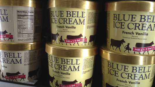 Texas-based Blue Bell Creameries issued a voluntary recall Monday, April 20, 2015, for all of its products on the market after two samples of chocolate chip cookie dough ice cream tested positive for listeriosis.