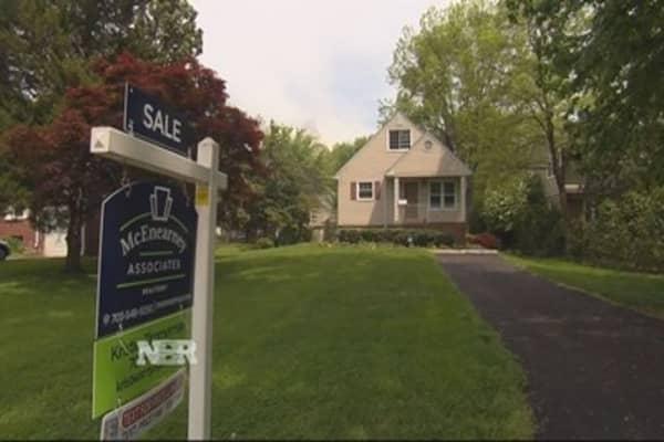Spring housing in bloom