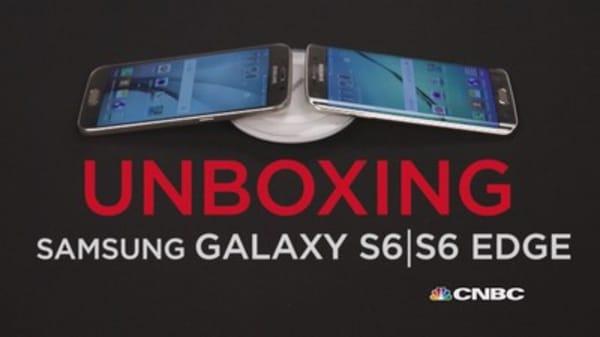 Over the edge: Samsung Galaxy S6 vs. S6 edge