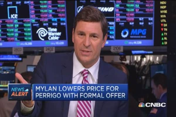 Mylan lowers price for Perrigo