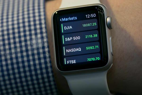 Apple Watch CNBC app.