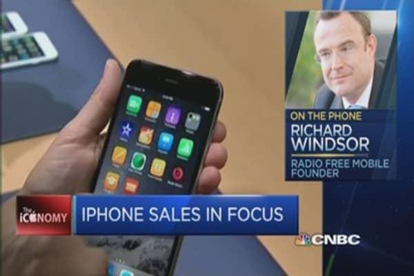 Will Apple Watch sales hit earnings?