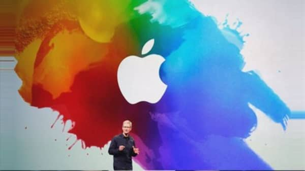 iPhones expected to drive Apple's Q2 results