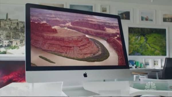 Apple's iPad sales challenges