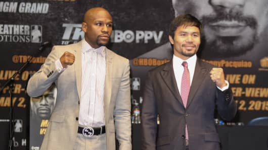 Floyd Mayweather (left) and Manny Pacquiao attend the press conference in Los Angeles in March to announce their fight.