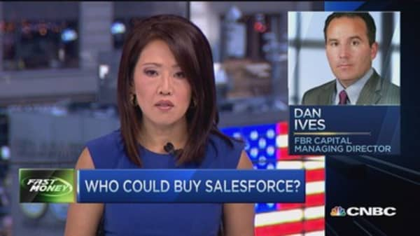 Oracle front-runner to buy Salesforce?