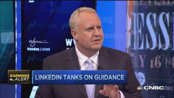 LinkedIn tanks on guidance