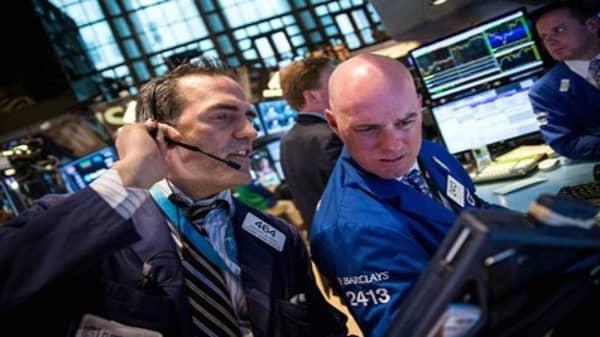 Wall Street seeks fresh start after weak April end