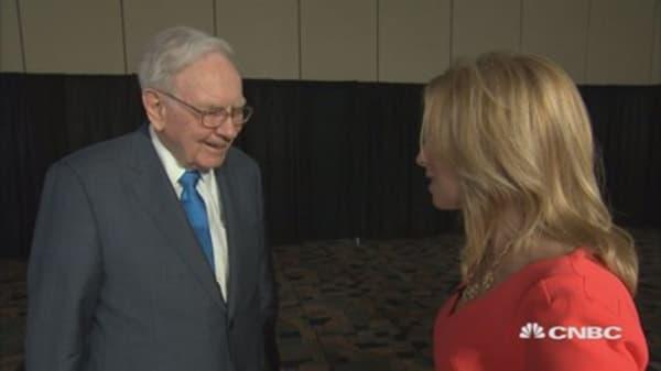Why Buffett bought more IBM
