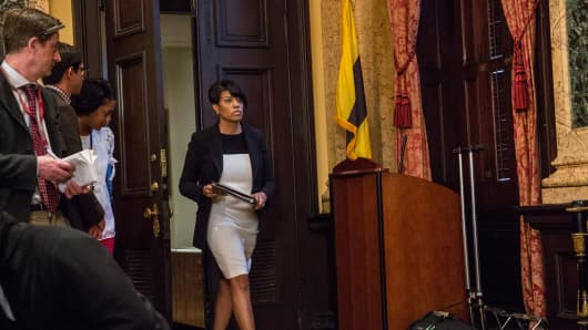 Baltimore Mayor Stephanie Rawlings-Blake speaks at a press conference.