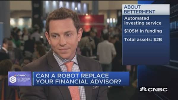 Are robo-advisors better than humans