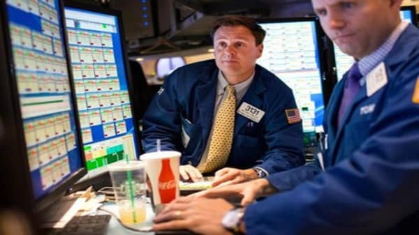 Stocks seek to continue May winning streak
