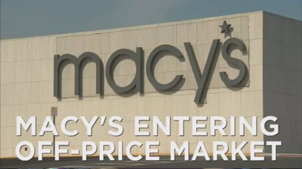 Macy's entering off-price market