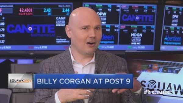 Music business run by feckless idiots: Corgan