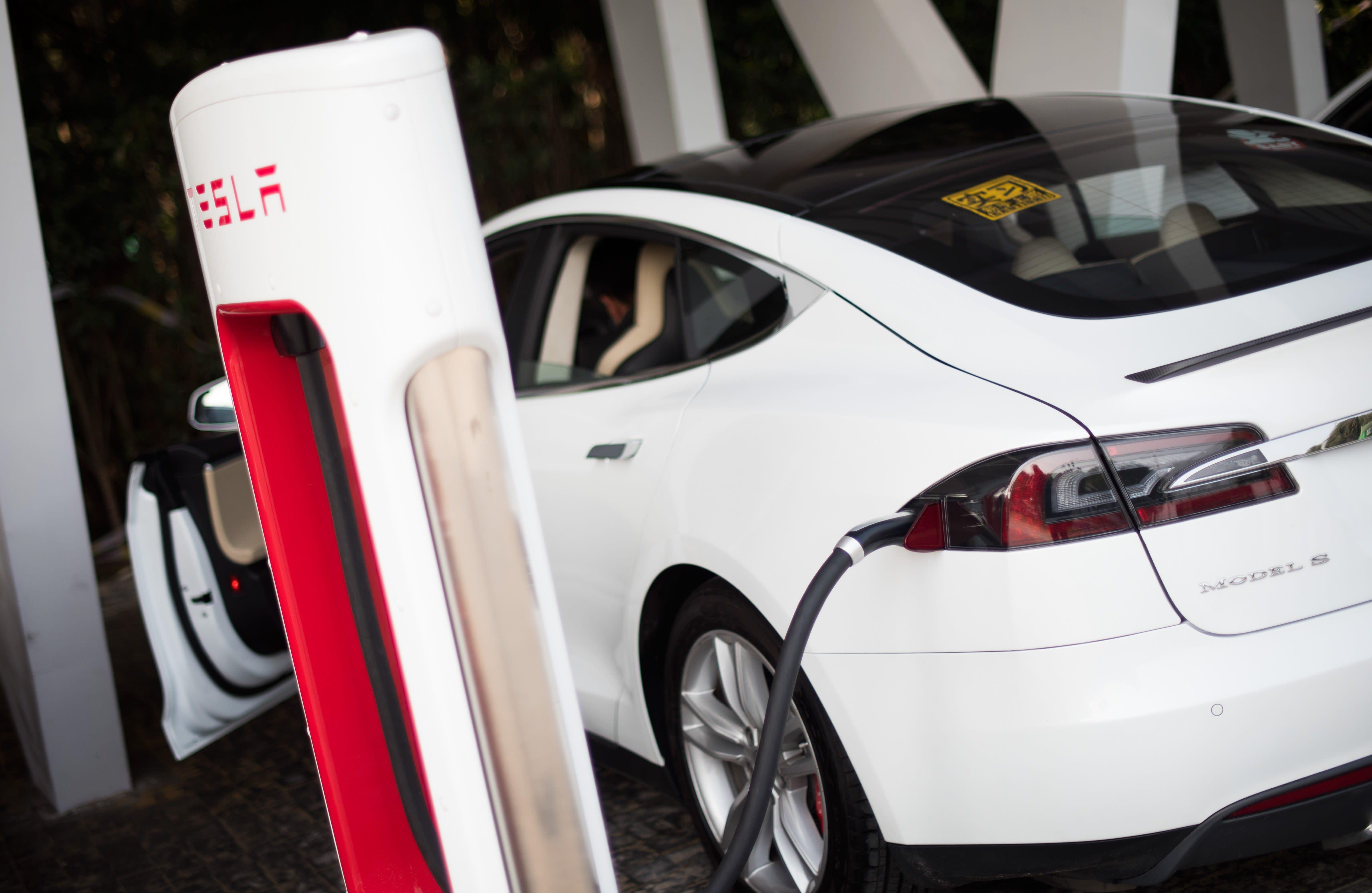 Tesla 10k 2015