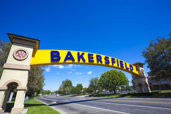Bakersfield, California sign