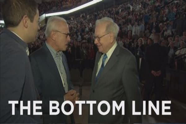 Loeb calls out Buffett
