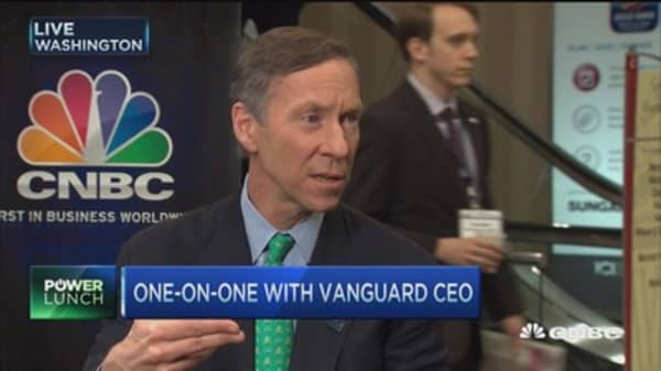 Vanguard CEO: Don't apply bank regulations to non-bank models